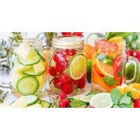 'Infused Detox Water' Is A Scam That Will Never Help You Lose Weight